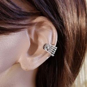 💀 nwot Skeleton Hand Sterling Silver Ear Cuff 💀